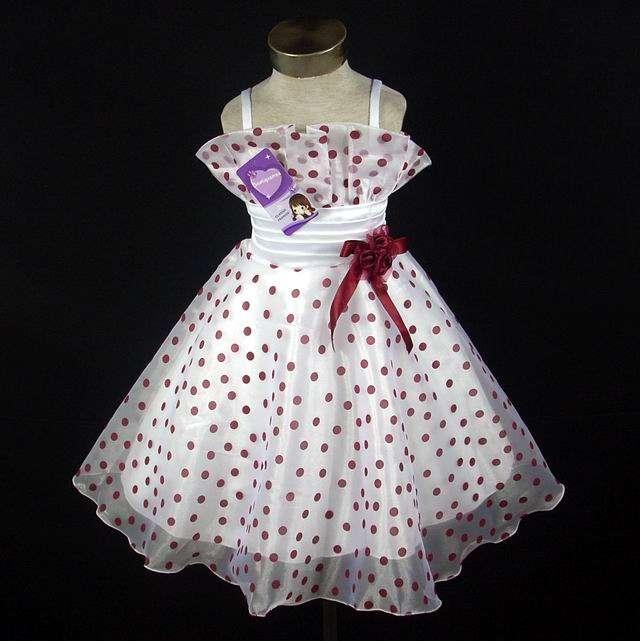 d7ae7fb56 Vestidos de niña muy lindos modelos y colores en Montevideo - Ropa y  calzado