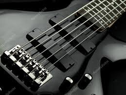 Clases super divertidas de guitarra y bajo para principiantes